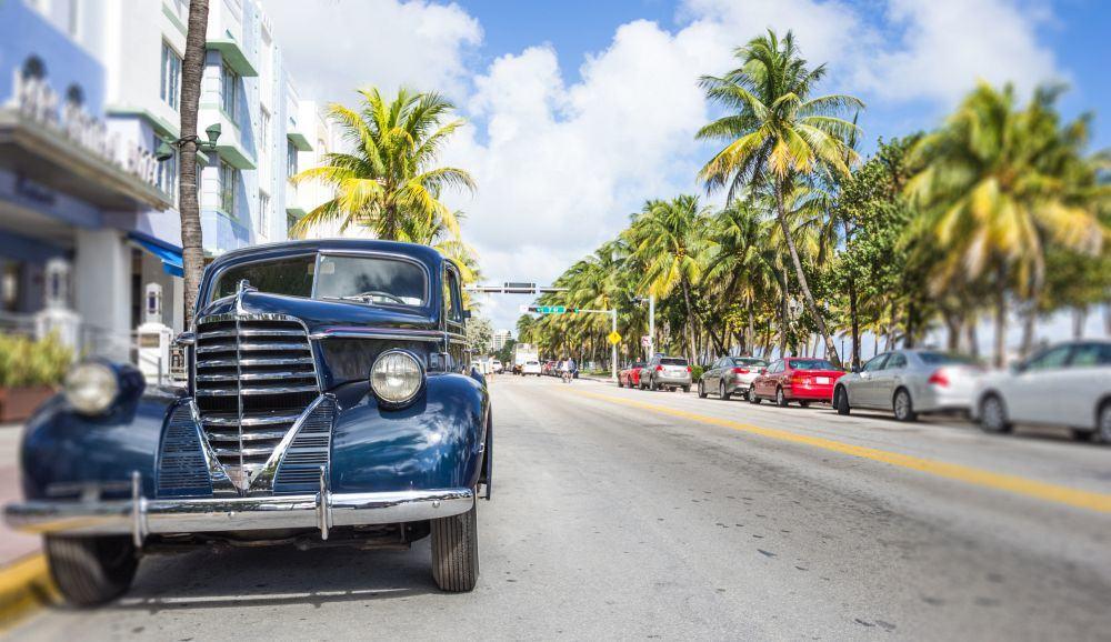 Alte Autos gibt es immer wieder im Art Deco District von Miami Beach zu sehen.