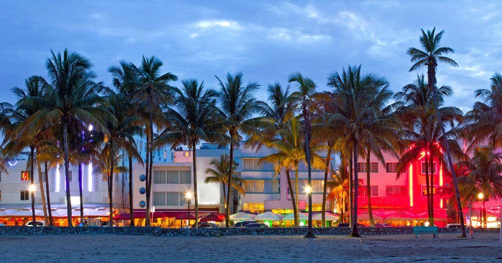 Der Ocean Drive mit seinen Art Deco Häusern machte Miami Beach weltberühmt.